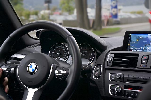 BMW interiér