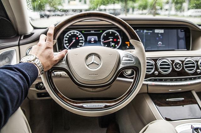 Mercedes v automatu