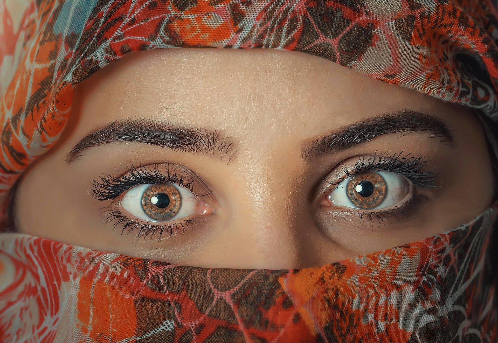 oční kontakt